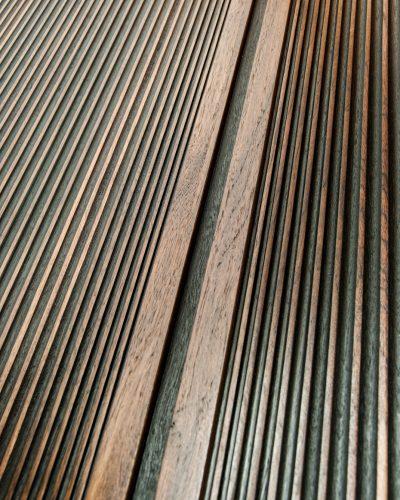 DIVIDE-walnut-black-texture-design-door