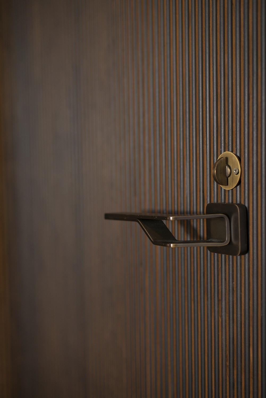 6-ScanWest Doors-DIVIDE-Hobson