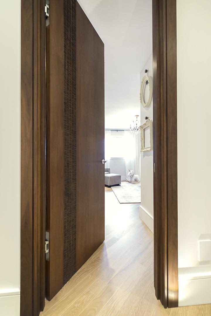 7-ScanWest Doors-CARBON-Duarte