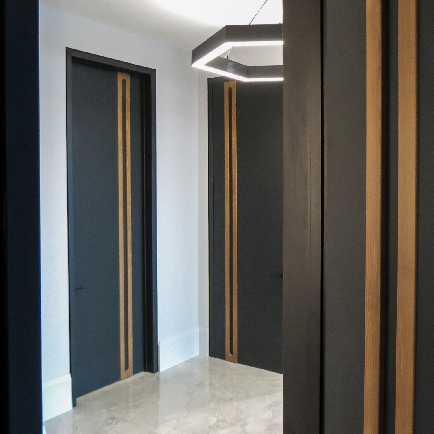 Cover-ScanWest Doors-CHANNEL-Zinger